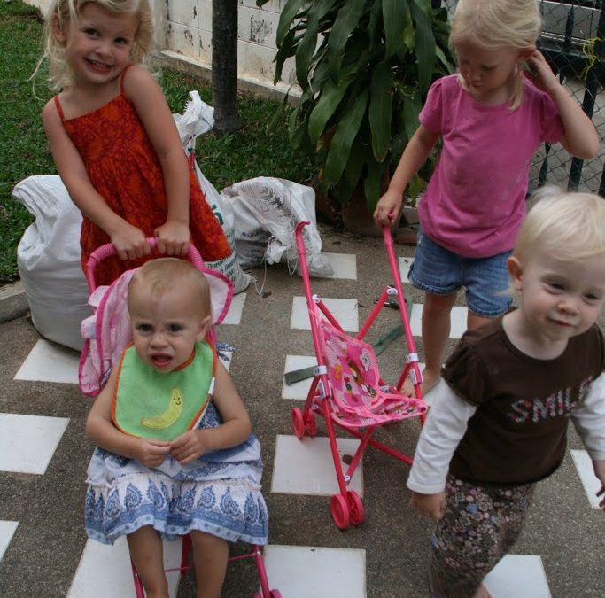 Adi, Ellie, Indi, Anna